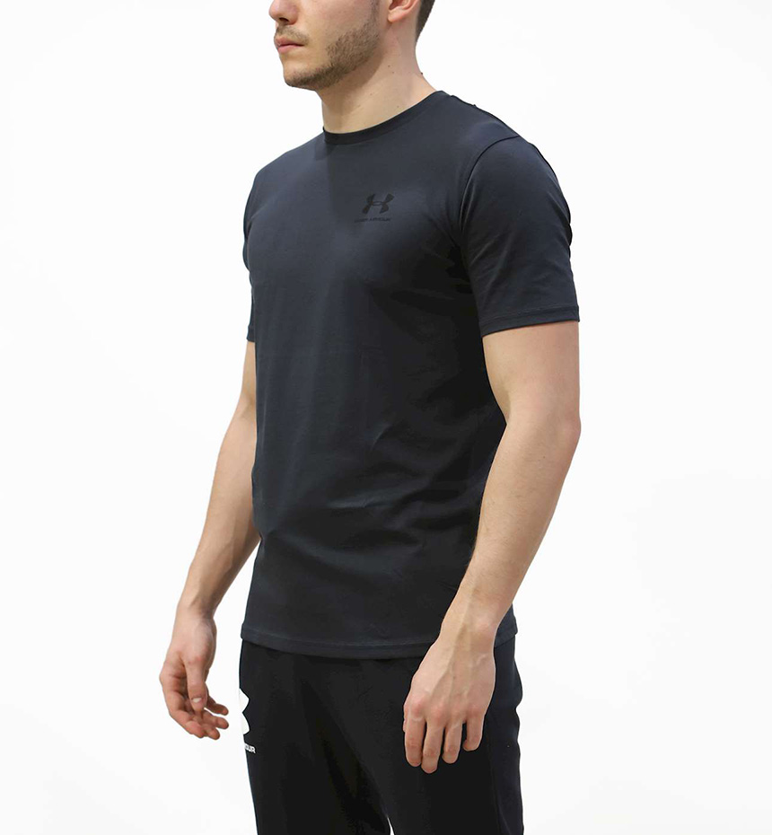T-SHIRT UNDER ARMOUR SPORTSTYLE CHEST SS
